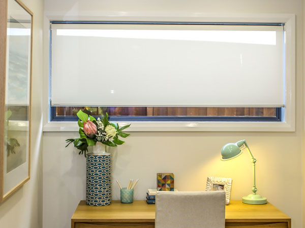 custom roller blinds highlight 2